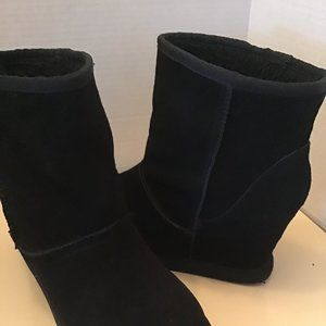 Nine west black wedge ankle boots size 7.5